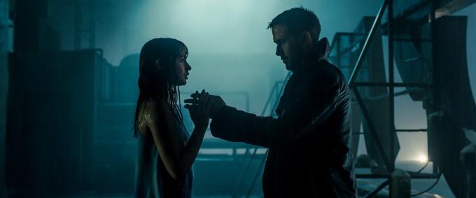 blade-runner-2049-ryan-gosling-ana-de-armas